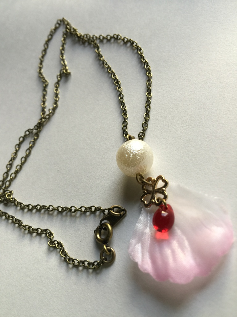 桜ネックレス-紅-