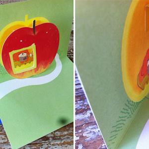 飛び出すカード りんごうんくま