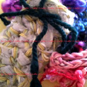 *・ほっこり梱包材・* ハンドクラフトアクセサリーの手編み小袋