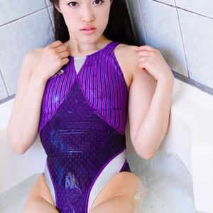 競泳水着の彼女のペシェ 霞