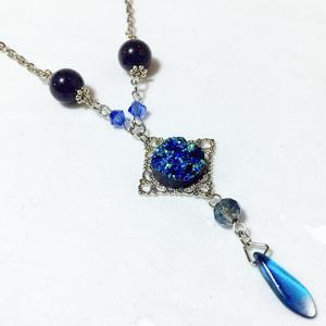 ドゥルージーの首輪 鉱物の結晶 ネックレス