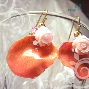 Natural Rose ~花びらピアス・2~