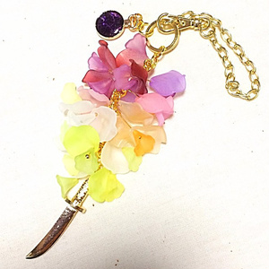 岩融イメージ 藤の花のバッグチャーム 刀剣乱舞