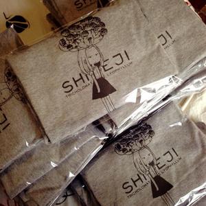 SHIMEJI Tシャツ
